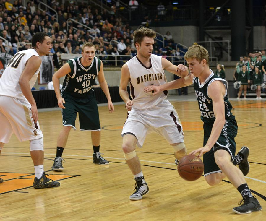 Boy's state Basketball vs. Minot